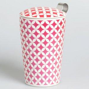 """Die Porzellantasse """"May Lin lux """" wird mit einem Teesieb und einem passenden Deckel geliefert."""