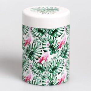 Die Teedose Jungle mit dem Motiv Flamingo sprüht voller Lebensfreude.