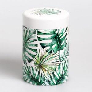 Die Teedose Jungle mit dem Motiv Leaf sprüht voller Lebensfreude.