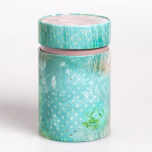 Die niedliche TeedoseVintagesorgt dafür, dass Dein Tee frisch und aromatisch bleibt.
